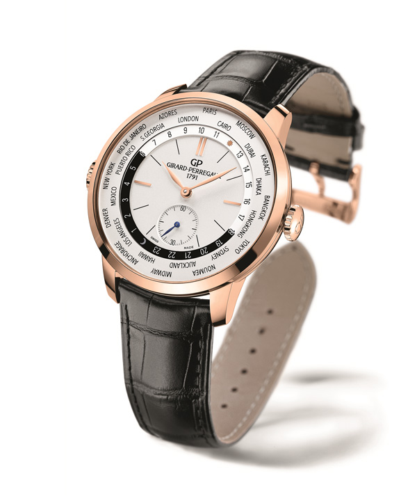 Rose golden copy watches present a kind of elegant character.