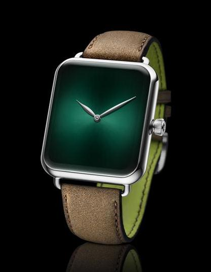 This green dial copy watch is quite pure.