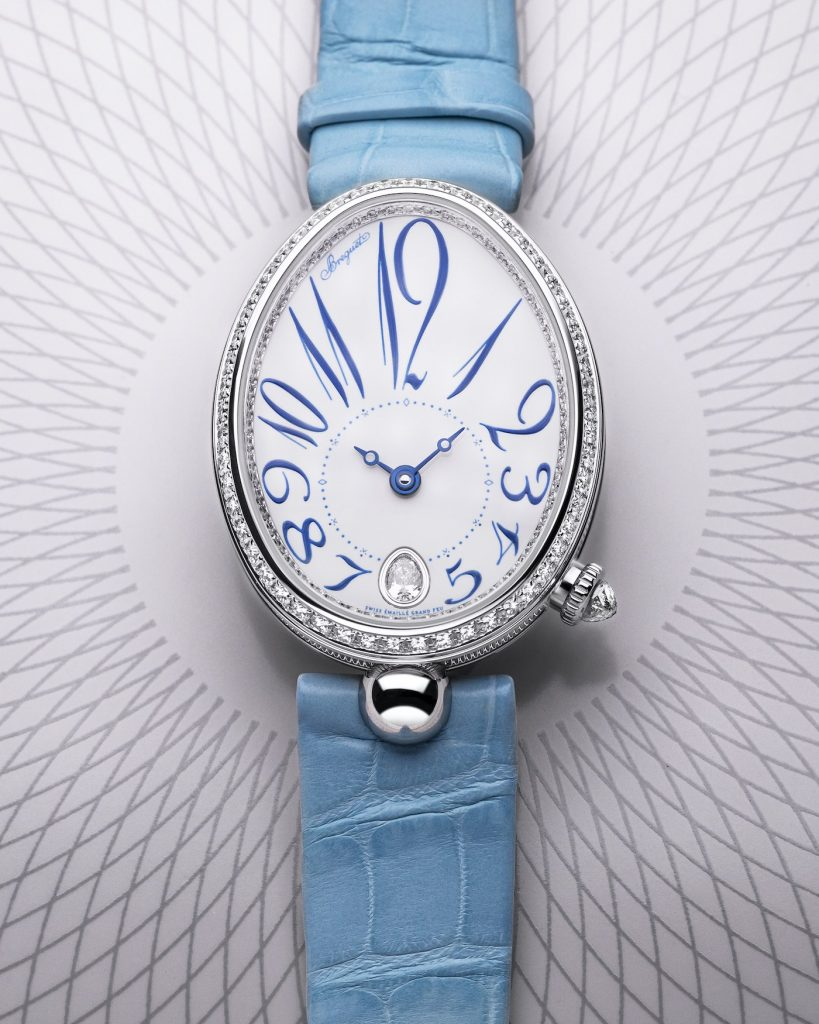 The female fake watches have blue straps.